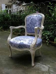 Fauteuil De Style : tapissier fauteuils de style tapisserie et cannage de fauteuils de style paris 14i me 75014 france ~ Teatrodelosmanantiales.com Idées de Décoration