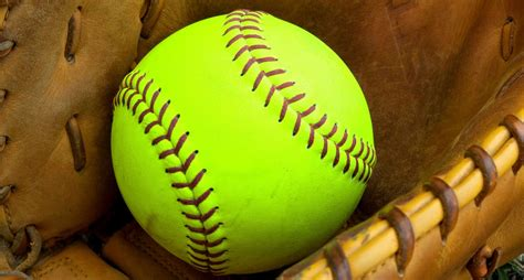 foto de 130 Inspirational Softball Quotes Sayings and Slogans