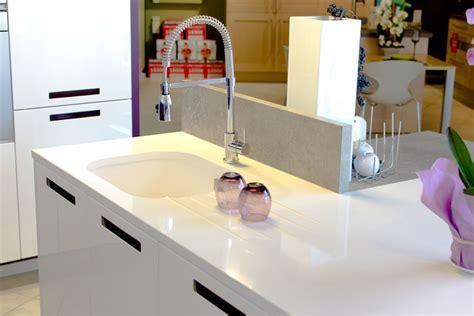 plan de travail cuisine blanc cuisine plan de travail marbre et decoration