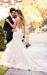 Princess wedding dresses princess wedding gown with v for Wedding dress gallery