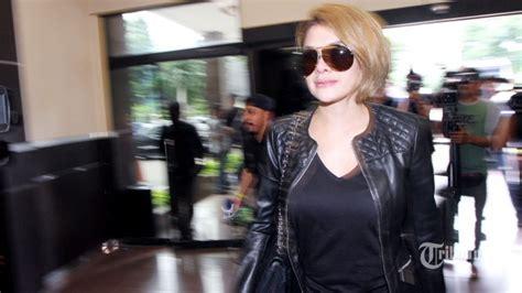 Nikita Mirzani Sebut Akun Nama Istri Aming Beri Tagar