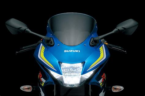 new suzuki gsx r150 beats yzf r15 cbr150r in terms of performance