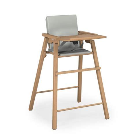 chaise haute bébé pliante chaise haute pliante vernis avec coussin ateliers t4