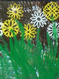 Blumen Basteln Fensterdeko : 72 besten sommerfest kita bilder auf pinterest basteln fr hling fr hling und grundschulen ~ Markanthonyermac.com Haus und Dekorationen