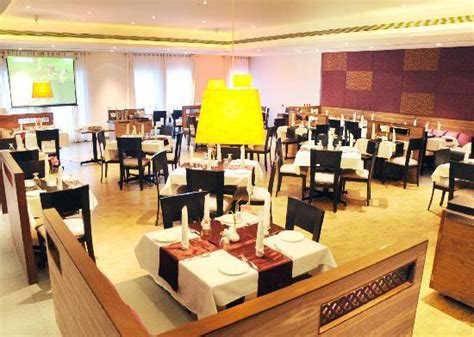 what is multi cuisine restaurant hotel moti mahal updated 2018 reviews price comparison