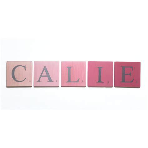 femme de chambre en 4 lettres lettre prénom pour chambre bébé