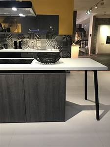Kücheninsel Mit Tisch : schaut mal genauer hin die arbeitsplatte als tisch mit integriertem kochfeld phantastische ~ Yasmunasinghe.com Haus und Dekorationen