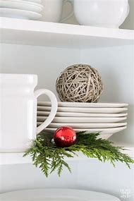 christmas shelf decorating ideas