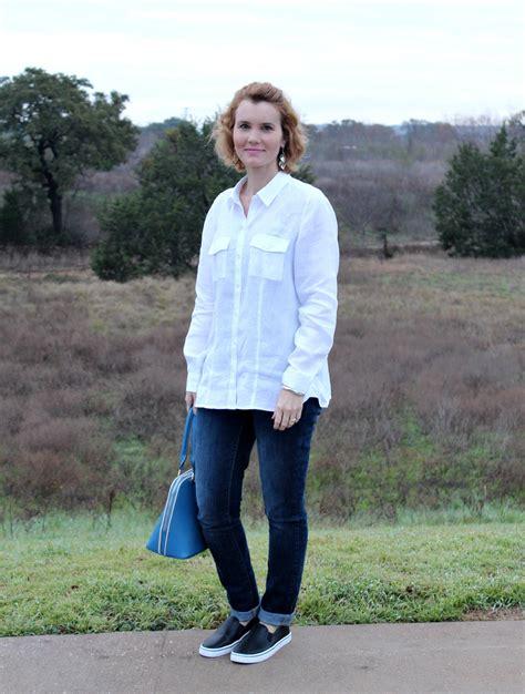 Stylish Sneaker Outfit Idea - Simple u0026 Classic | Mom Fabulous