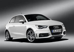 Audi Paris : 2010 paris auto show audi a1 1 4 tfsi s line autoevolution ~ Gottalentnigeria.com Avis de Voitures