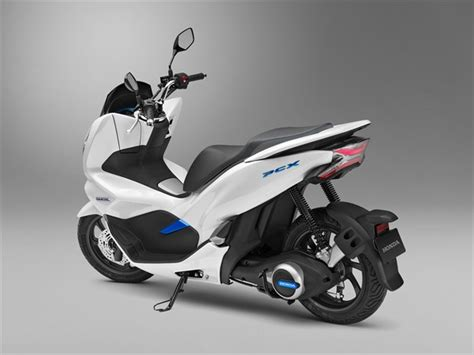 2019 honda 150 scooter 2019 honda pcx electric hybrid scooters coming to the