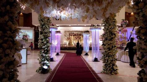 dekorasi pernikahan gedung ptik jakarta selatan adat