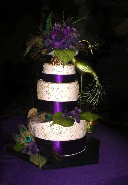 peacock inspired wedding cake colors purple green
