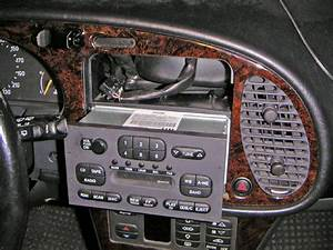05 11 2005  Saab Ng900 Dashboard And Instrument Cluster