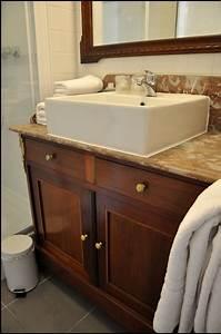 pose dun meuble ancien de salle de bain With meuble salle de bain ancien occasion