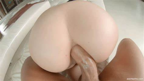 Spunky Arab Woman Poundings Pounds In The Assfuck