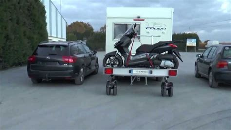 remorque porte moto pour cing car yo remorque la cct4 roue pivotante et biellette amovible