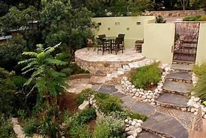 Gartengestaltung Hang Modern : gartengestaltung in hanglage 30 ideen f r begr nung ~ Lizthompson.info Haus und Dekorationen