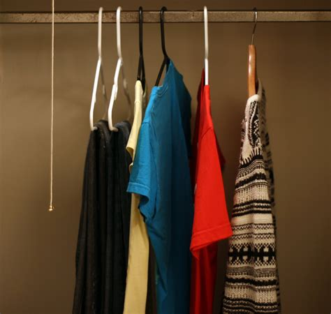 how to declutter your wardrobe tips for simplifying