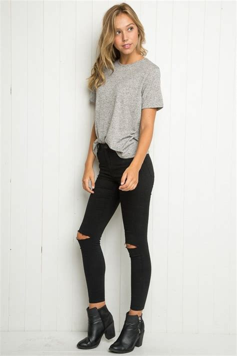 Black Ripped Jeans Outfit Summer