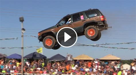 jeep mudding gone wrong jeep grand cherokee jump goes huge and crashes hard