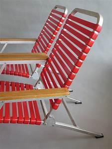 Chaise Longue Aluminium : a pair of aluminum folding chaise lounges from ss united ~ Teatrodelosmanantiales.com Idées de Décoration