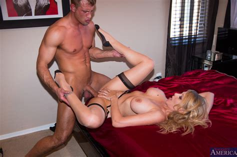 Super Sexy Milf Likes Sex From Behind Photos Julia Ann