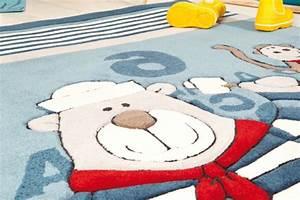 le tapis chambre bebe des couleurs vives et de l With tapis chambre bébé avec kriyamat