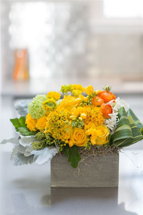 Spring Flowers Free Delivery For Easter Sunday Emily