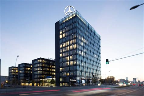 Daimler Accused Of Tampering With Diesel Emissions