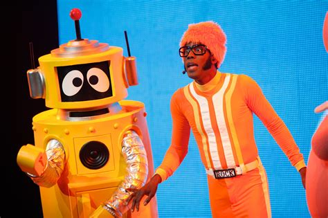 Gabba Gabba Live - yo gabba gabba live get the sillies out slick