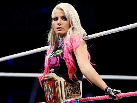 Wwe Raw Women Champion Alexa Bliss Warns Asuka She Will