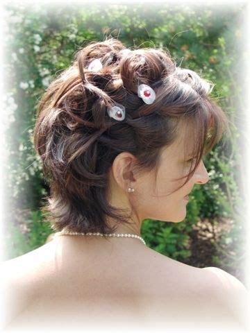coupe de cheveux court pour mariage chignon mariage avec