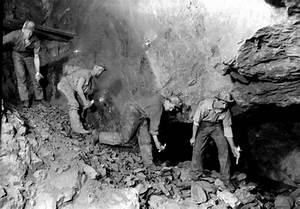 Geevor Tin Mine: Gunpowder