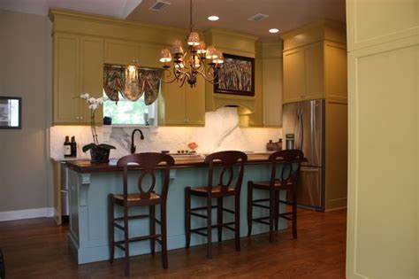 kitchen pantry cabinets for idea paint soffit in with cabinets to appear taller add 8377