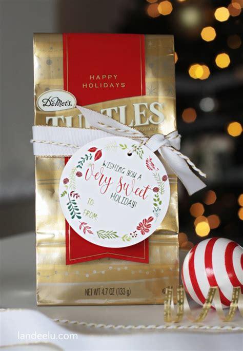 sweet holiday printable christmas gift tags landeelucom