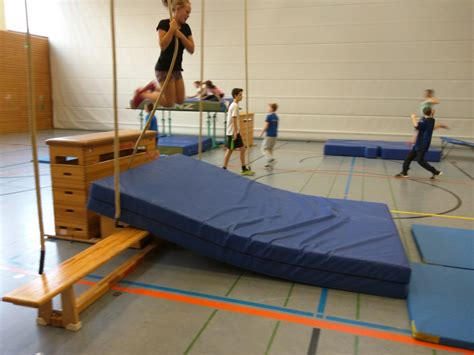 Kinderzimmer Ideen Turnen by Bildergebnis F 252 R Kinderturnen Bewegungslandschaften
