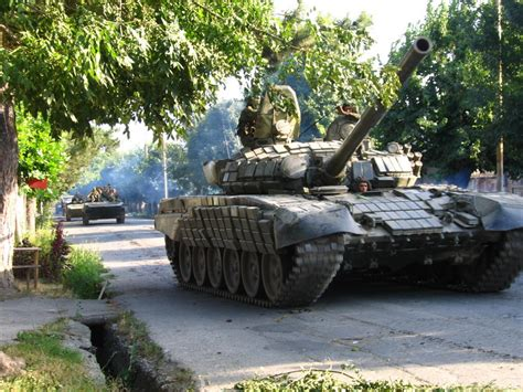 russian tanks armored vehicles enter southeast ukraine