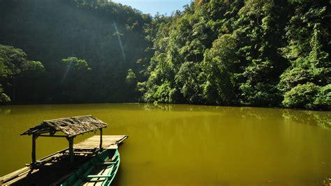 tempat wisata alam  bogor  wajib dikunjungi