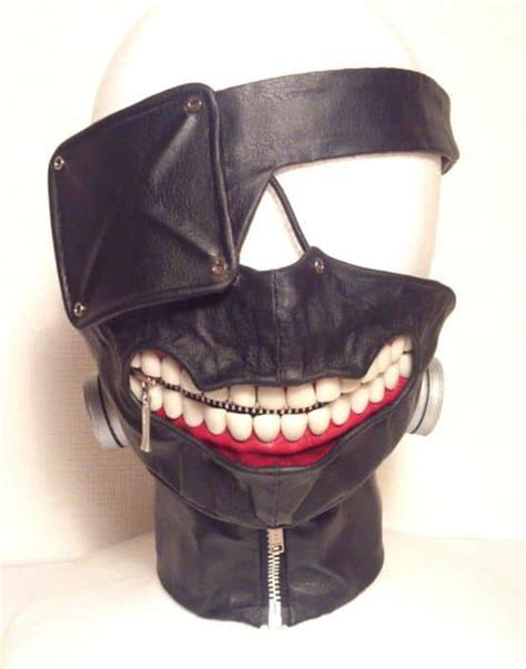laughing tokyo ghoul mask dravens tales   crypt