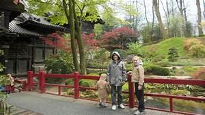 Restaurant Japonais Tours : tour japonaise et pavillon chinois excursion en famille ~ Nature-et-papiers.com Idées de Décoration