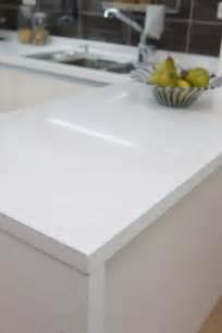 White Quartz Kitchen Countertop