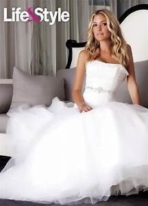 The Hill's Kristin Cavallari trying on wedding dresses ...