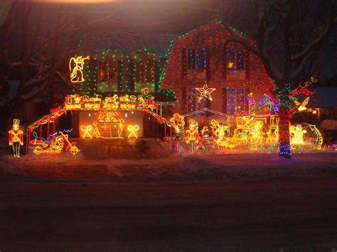 best place to see holiday lights kingston ontario the eight best places to see lights in ontario in pleasantville