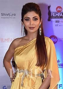 Bollywood hairstyles at Filmfare Awards 2017 | femina.in