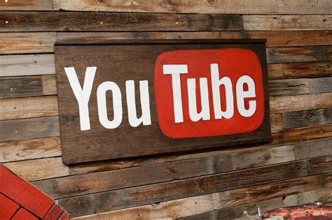 Youtube Offers Offline Mode, Background