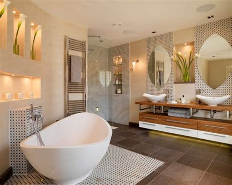 20 Luxurious Bathroom Makeovers From Our Stars