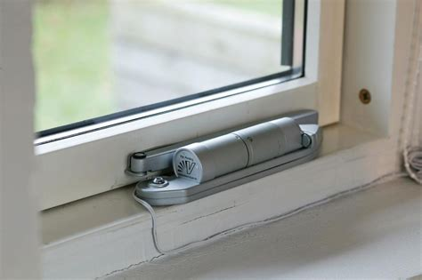 venset in electric opener window openers