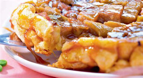 recette cuisine italienne essayez cette tarte tatin à la rhubarbe est délicieuse