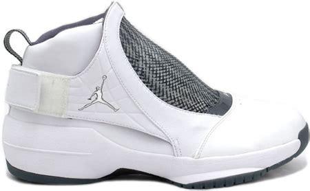 air jordan  xix original og white chrome flint grey black sneakerfiles